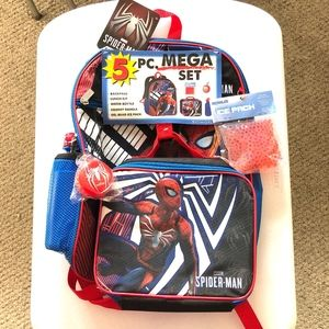 NWT Marvel Spider-Man 5 Piece Backpack Set